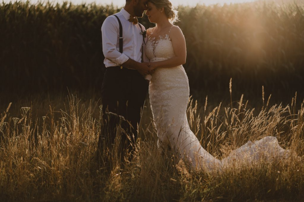 Golden hour wedding photography with Jade at Rathmoy and New Zealand wedding photographer Binh Trinh